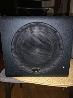 Klipsch power subroofer 250 watts. for Sale in Boston, MA