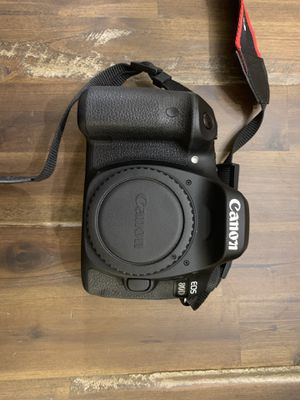 Canon EOS 80D for Sale in Middletown, CT