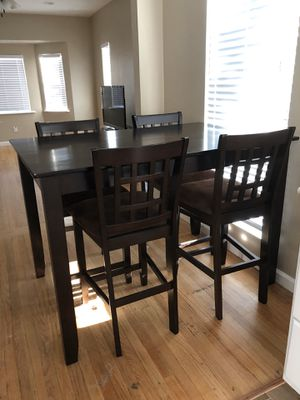 Kitchen table with bar stool chairs for Sale in Santee, CA