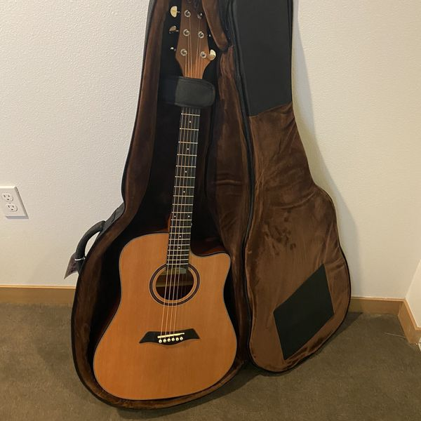 Antonio Guliani Brand New Acoustic Guitar (with Case + Accessories)