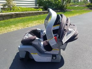 Baby Car Seat Graco for Sale in Fort Washington, PA