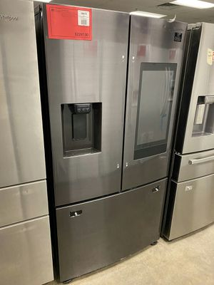 New! Black Stainless Samsung Refrigerator with Family Hub!1 Year Warranty Included for Sale in Chandler, AZ