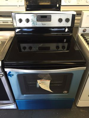 Whirlpool electric stove for Sale in Lancaster, PA