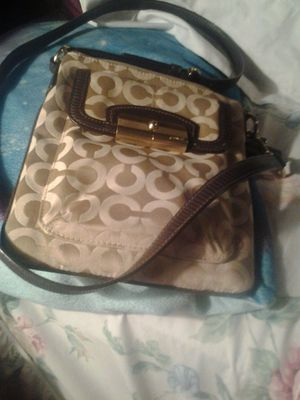 Coach small crossbody for Sale in Cottonport, LA