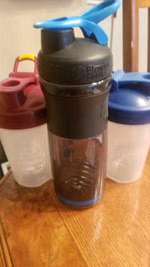 Blender bottles for Sale in Schaumburg, IL