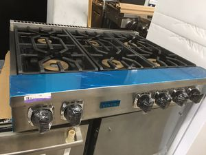 """2020 Stainless steel Viking 36"""" wide gas cooktop for Sale in Los Angeles, CA"""