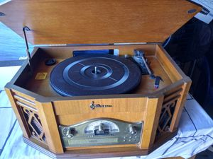 """""""Vintage"""" 4 in one Stereo system for Sale in Phoenix, AZ"""