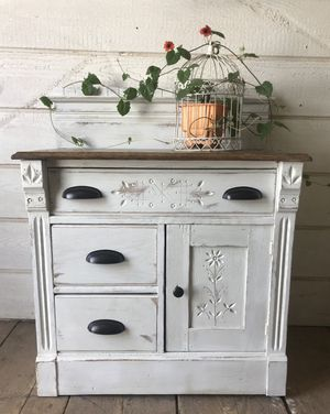 Antique wash stand for Sale in Lititz, PA