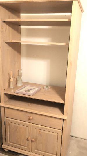 $300 set 2 bookshelves 2 end tables with magazine racks for Sale in Desert Hot Springs, CA
