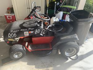 Racing lawn mower for Sale in Bradenton, FL
