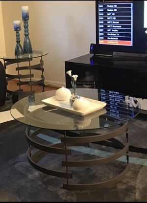 """glass coffee table set of 3 from ashley furniture Coffee table wide 35"""" high19"""" End table Wide 23""""high21"""" for Sale in Roanoke, VA"""