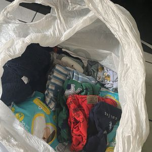 FREE CARTER'S NB Clothes And A Few NB Diapers! for Sale in Huntington Park, CA