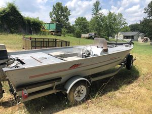 60v bass boat for Sale in Rice, VA