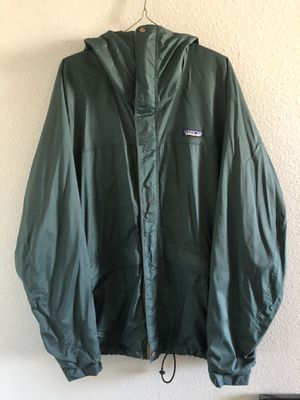 Patagonia Windbreaker Jacket size L North Face Columbia for Sale in Las Vegas, NV