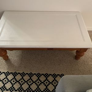 Free Coffee Table And End Tables for Sale in Shoreline, WA