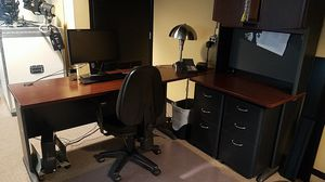 OFFICE DESK FOR SALE! GREAT CONDITION! for Sale in Los Angeles, CA
