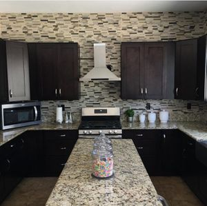 Kitchen cabinets for Sale in Corona, CA