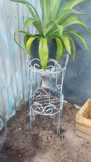 Metal plant stand for Sale in Port St. Lucie, FL