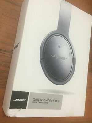 BOSE Quietcomfort 35 headphones-Great Gift!! for Sale in San Bernardino, CA