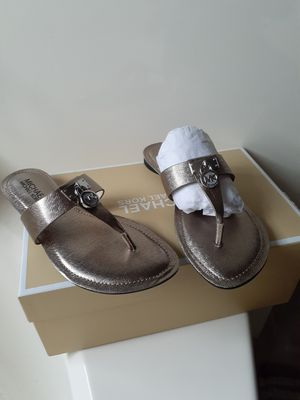 Michael kors Size 5.5 for Sale in Tolleson, AZ