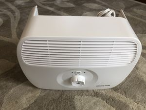 New! HONEYWELL White Model HHT270WHD Tabletop Air Purifier for Sale in San Bruno, CA