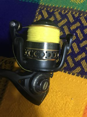 Penn battle 2 spinning fishing reel laced with braid!!! for Sale in Monterey Park, CA