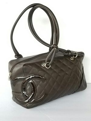 Authentic Chanel Cambon bowler shoulder bag for Sale in Pantego, TX