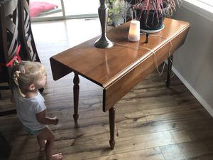Very old table but excellent condition for Sale in Stevensville, MT
