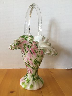 Fenton Vase Rose Mist Vasa Murrhina, Crimped Adventurine Rose Pink Green Basket for Sale in Los Angeles, CA