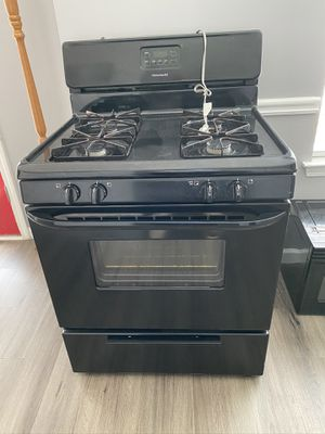 Gas Stove/Microwave Combo for Sale in Stone Mountain, GA