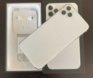 Apple iPhone 11 Pro Max - 256GB - Silver (Unlocked) for Sale in Washington, DC
