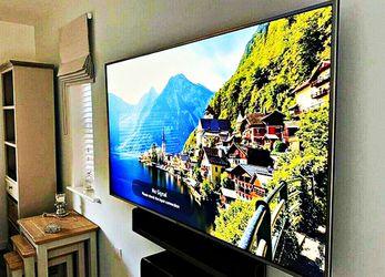 FREE Smart TV - LG for Sale in Morrisonville,  IL