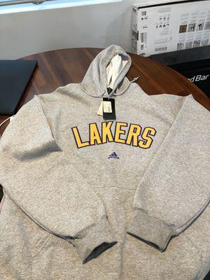 Lakers Adidas Hoodie Sweatshirt (Size XL) for Sale in Los Angeles, CA
