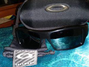 Oakley's men's Gascan style sunglasses for Sale in Federal Way, WA