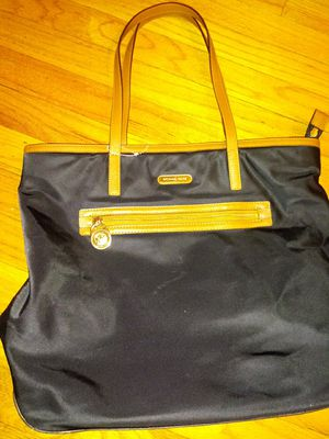 Michael Kors Tote bag for Sale in Chicago, IL