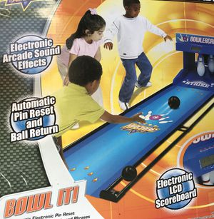 Kids electronic bowling game for Sale in Dallas, TX
