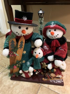 Christmas snowman family for Sale in Industry, CA