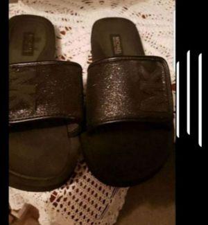Michael Kors womens slides size 7 for Sale in Kissimmee, FL