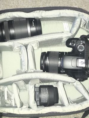 Canon EOS T3 for Sale in Houston, TX