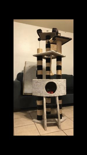 Cat Play Mount for Sale in Houston, TX