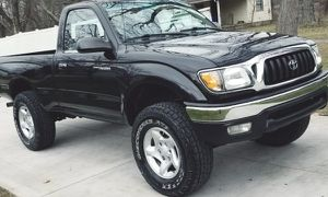 WONDERFUL TOYOTA TACOMA 2001 for Sale in Pittsburgh, PA