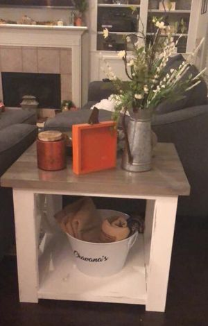 Farmhouse End Table for Sale in Houston, TX