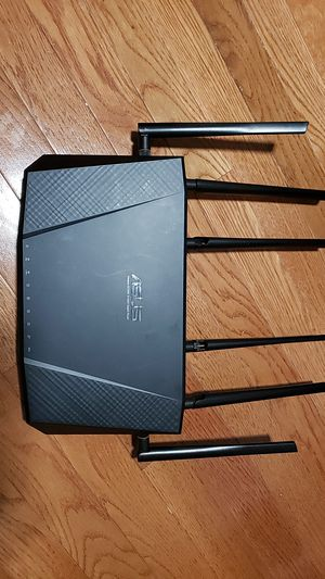 ASUS Wirless AC3200 Tri-Band Gigabyte Router for Sale in Miami, FL