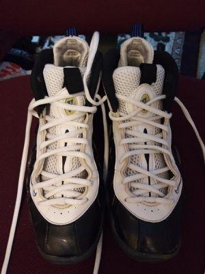 Shoe size 6 for Sale in Sacramento, CA