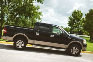 2005 Ford F150 Lariat for Sale in Beachwood, OH