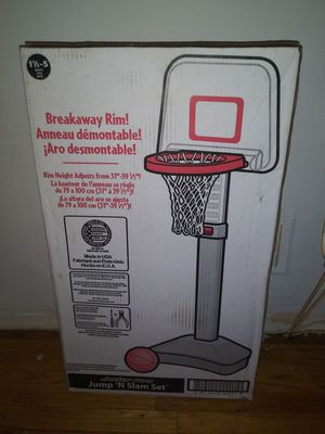 Childrens Basketball Hoop for Sale in Trenton, NJ