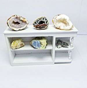 DOLLHOUSE MINATURE GEODES ROCK FAIRY GARDEN COLLECTION for Sale in Rancho Santa Margarita, CA