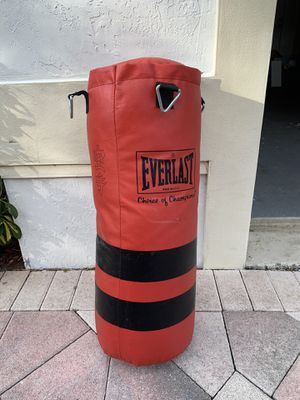 Everlast Heavy punching bags for Sale in Fort Lauderdale, FL
