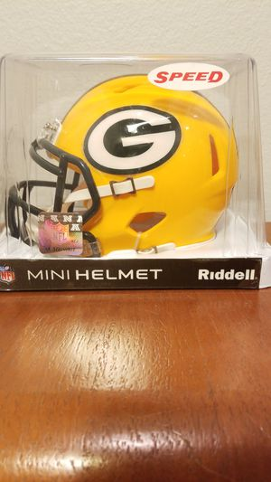 Green Bay Packers NFL Riddell Mini Helmet for Sale in Huntington Beach, CA