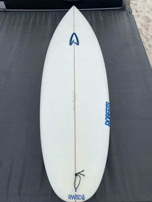 """Roberts Meat Cleaver 6'4"""" surfboard for Sale in Massapequa, NY"""
